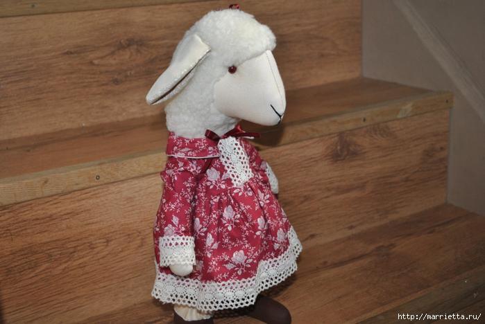 текстильные овцы, ежик, коза и медведи (36) (700x468, 244Kb)