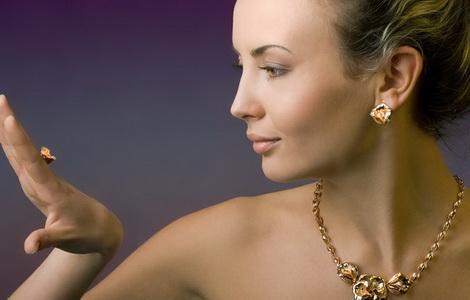 Золотое украшение в подарок - где и как купить выгодно (470x300, 90Kb)