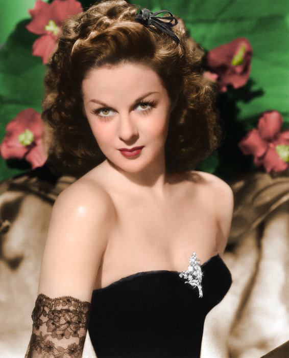 susan_hayward ___ colorized_by_northone-d3hcajl (566x700, 74KB)