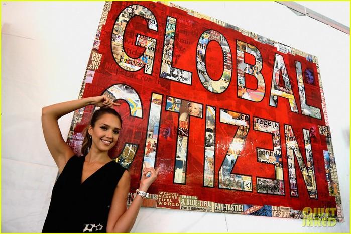 jessica-alba-connie-britton-global-citizen-festival-2014-04 (700x466, 117Kb)