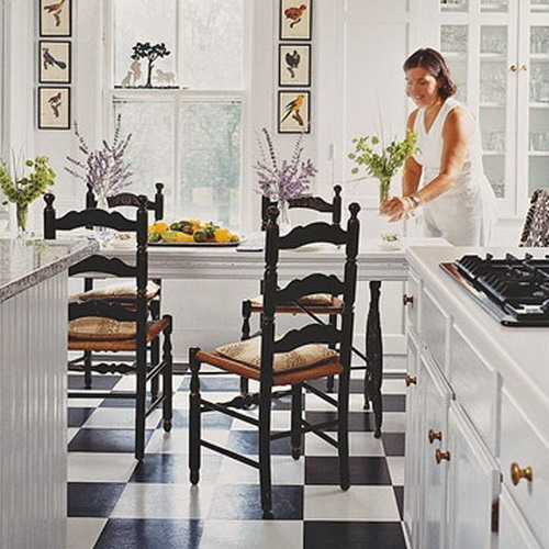 black-white-checkerboard-floors-tiles-in-kitchen3-1 (500x500, 206Kb)