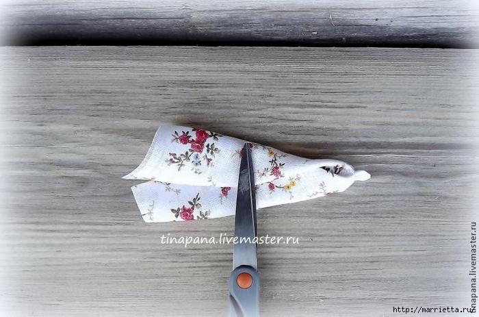 Как сшить народную традиционную куклу Рябинку (8) (700x463, 227Kb)