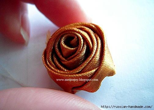 Роза из ленты для создания украшений. Мастер-класс (15) (504x360, 104Kb)