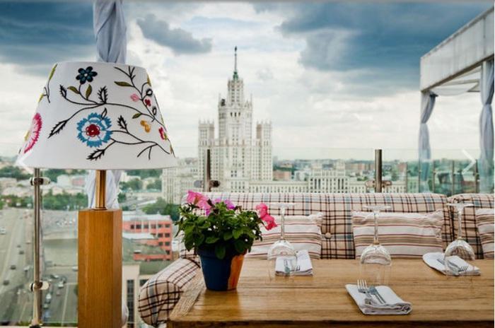 лучшие рестораны москвы/4552399_zabronirovat_stolik_v_restorane_moskvi (700x464, 103Kb)