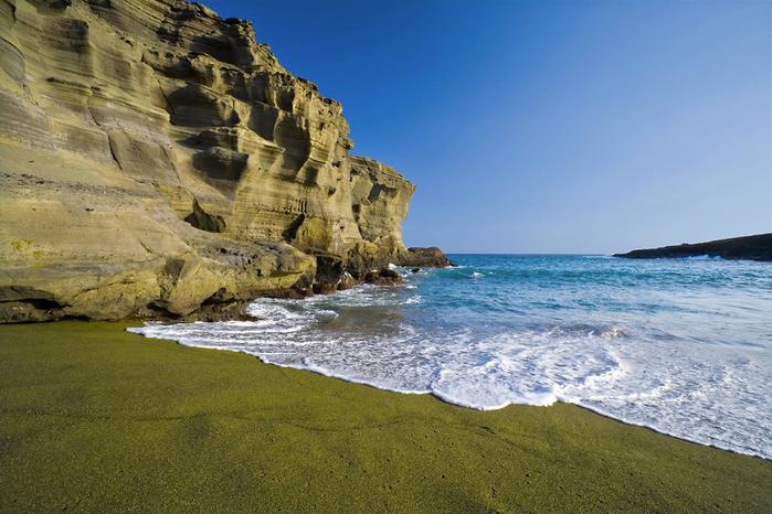 зеленый пляж на гавайях фото 2 (700x466, 373Kb)