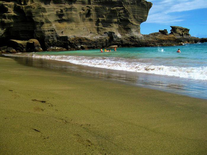 зеленый пляж на гавайях фото 4 (700x523, 494Kb)