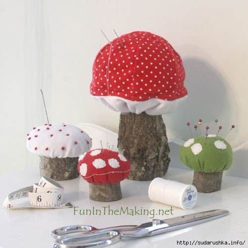 09MushroomPincushions1BO (500x500, 116Kb)