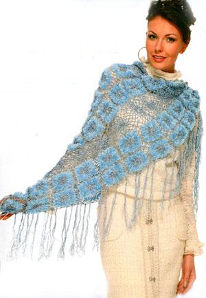 Голубая ажурная шаль