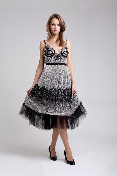 Какие тайны скрывает мода на вечерние платья в стиле ретро (3) (466x700, 210Kb)