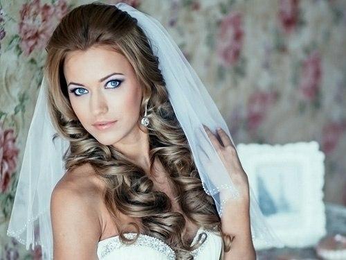 Красивые свадебные прически - много фото15 (500x375, 102Kb)