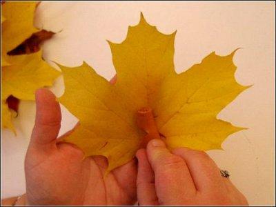 Розы из осенних листьев своими руками (12) (400x300, 87Kb)