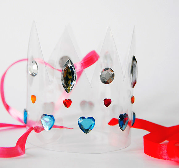 3726595_recycledpartycrown (580x547, 44Kb)