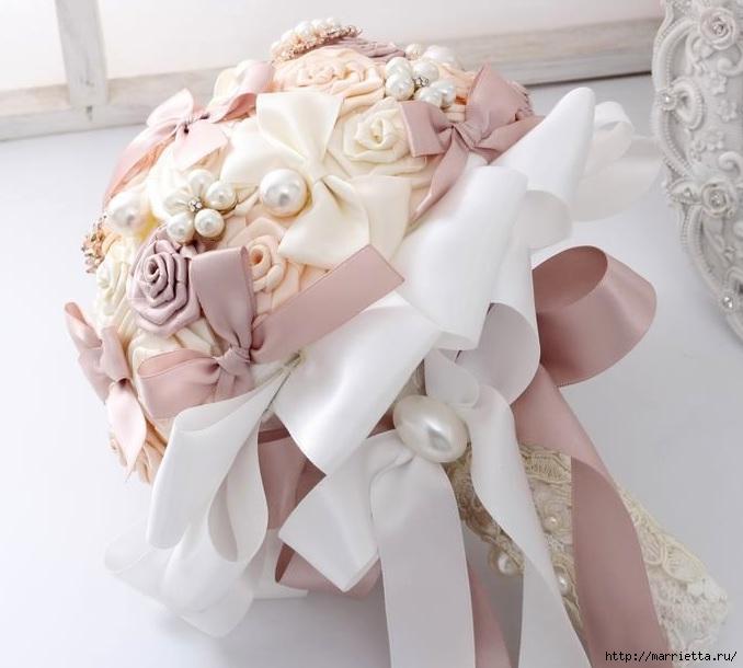 Свадебные букеты из атласных розочек (20) (678x610, 167Kb)