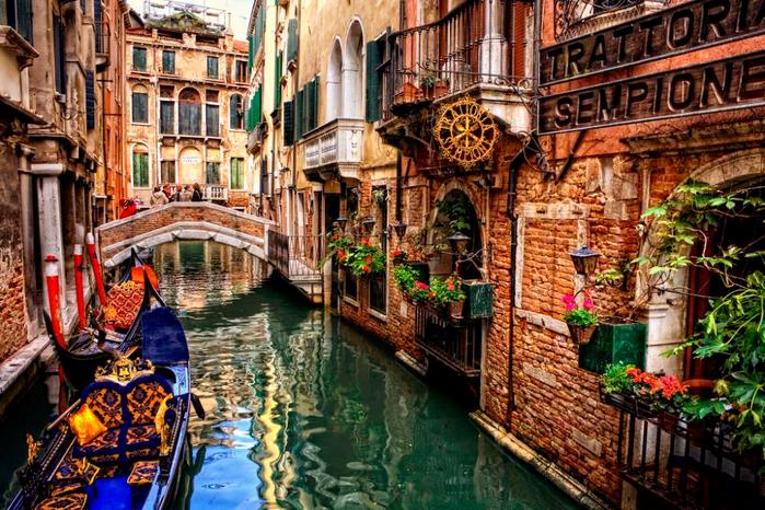 Venice-Italy-1 (700x466, 553Kb)
