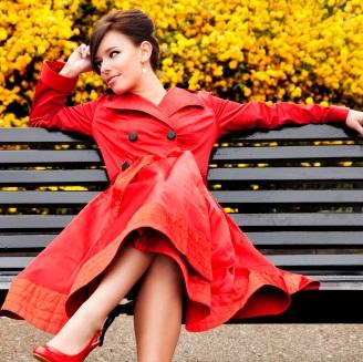 Красный цвет в женском гардеробе (1) (328x327, 177Kb)