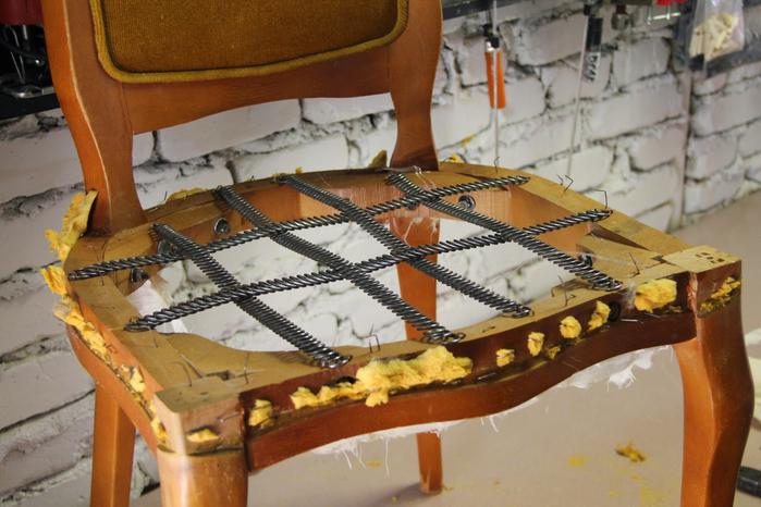 Как перетянуть пружинное кресло