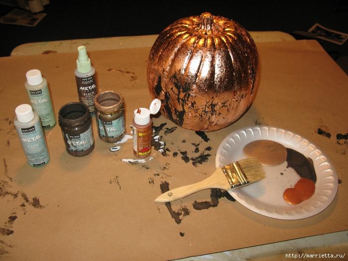 Декоративная тыква с эффектом состаренного металла (6) (700x525, 307Kb)