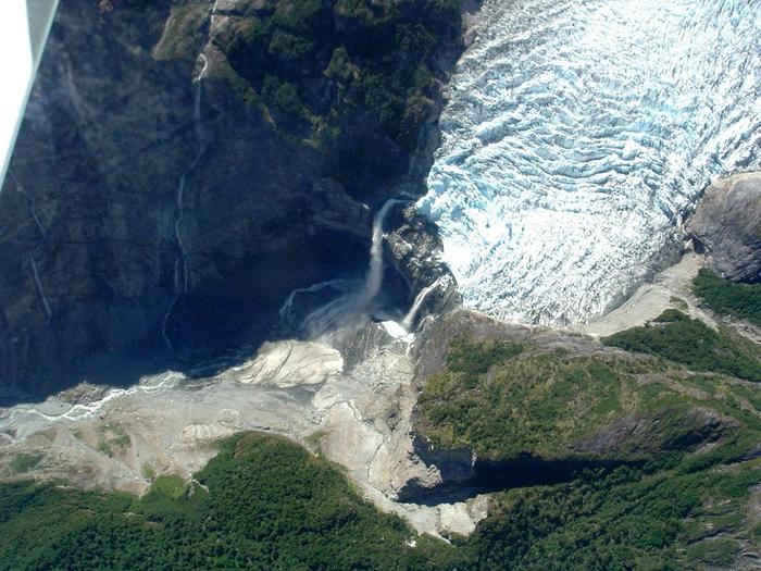 ледник фото Ventisquero Colgante 1 (700x525, 464Kb)