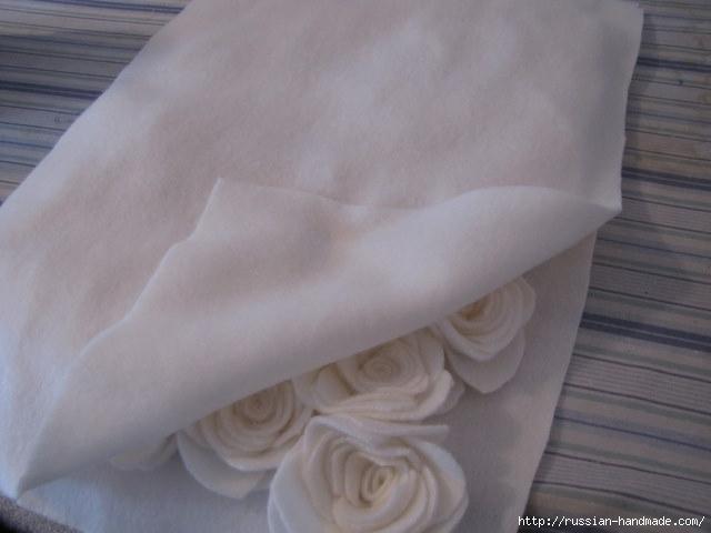 Шитье подушки - красавицы с розочками из флиса (9) (640x480, 107Kb)