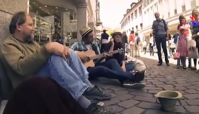music_for_homeless (700x400, 86Kb)