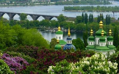 Озеленение Киева! Кому оно нужно?