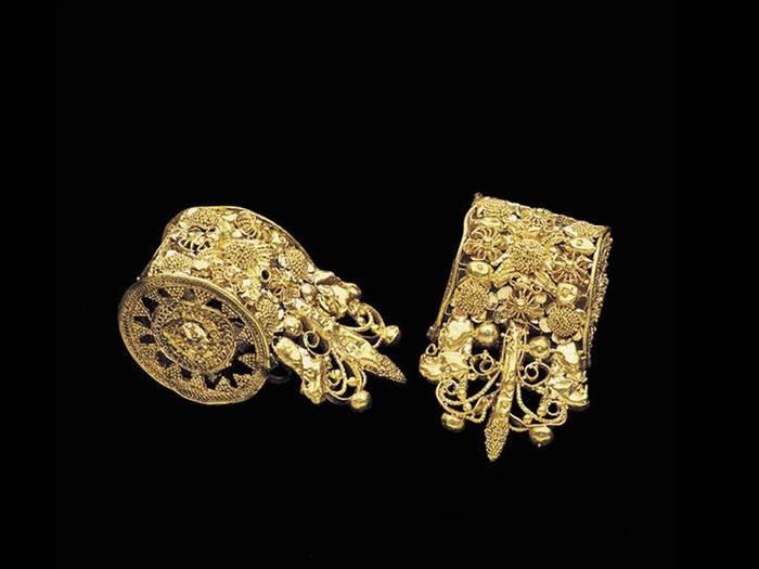 etruscan-bauletto-earrings (700x525, 30Kb)