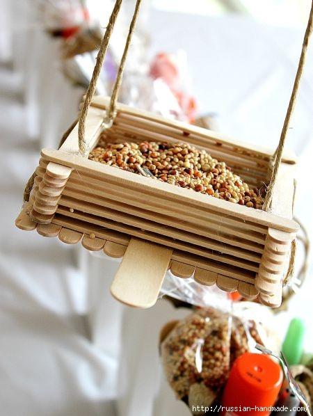 Кормушка для птиц из палочек от мороженого (1) (450x598, 145Kb)