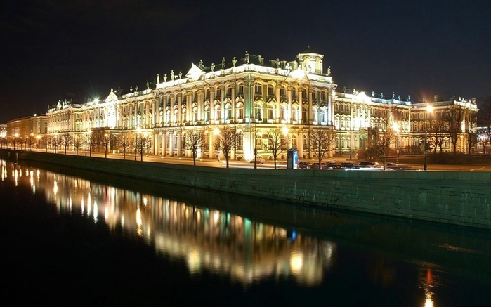 320711__night-reflection-hermitage-st-petersburg-peter_p (700x437, 205Kb)