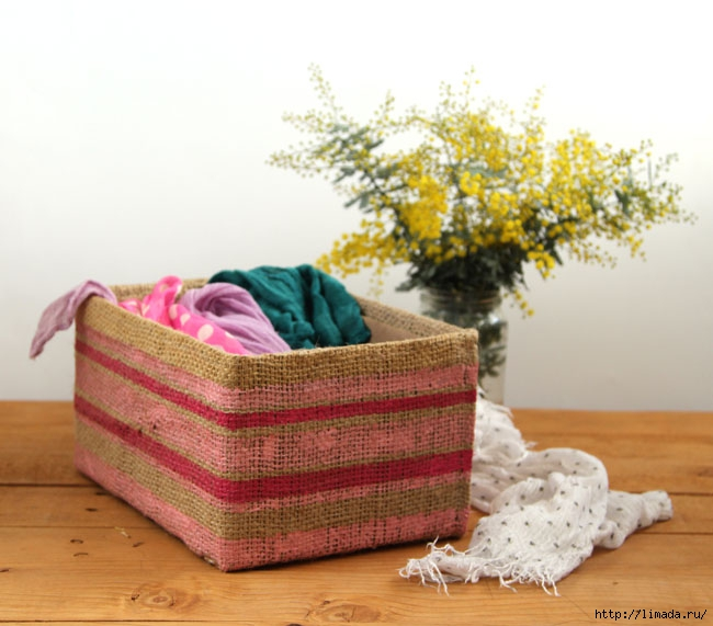 make-burlap-storage-box-apieceofrainbowblog-3 (650x571, 179Kb)