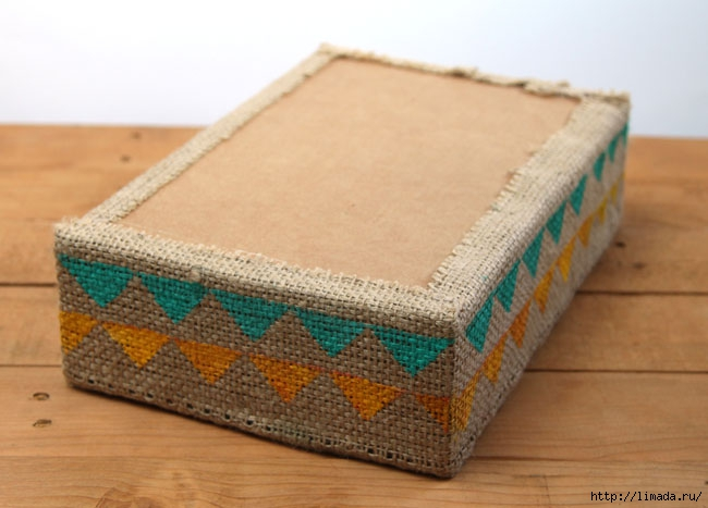 make-burlap-storage-box-apieceofrainbowblog-6 (650x467, 147Kb)