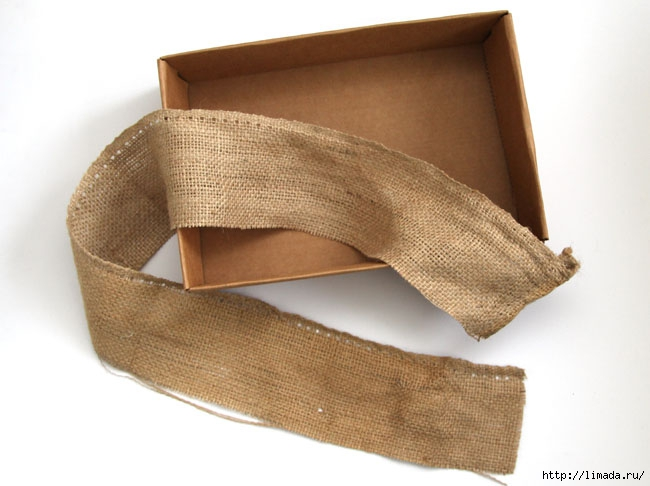 make-burlap-storage-box-apieceofrainbowblog-10 (650x486, 141Kb)