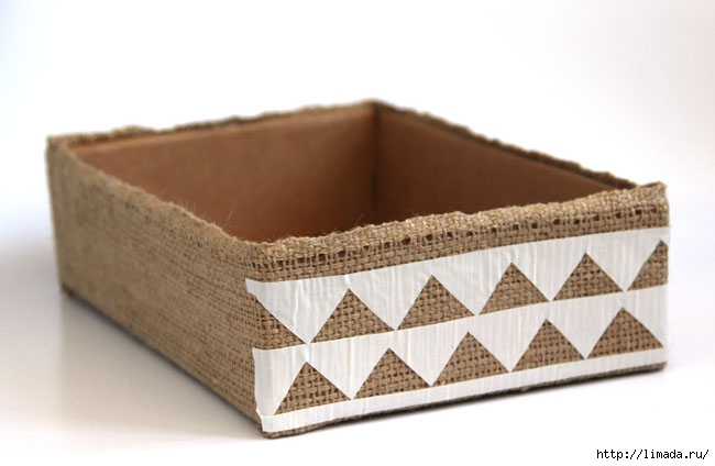 make-burlap-storage-box-apieceofrainbowblog-20 (650x424, 104Kb)