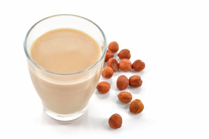 Hazelnut-milk (700x465, 138Kb)