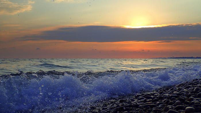 Вечер на моремал (700x393, 286Kb)