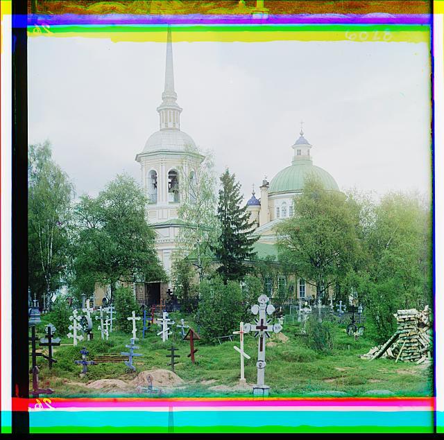 3. кладбищенская Церковь Воздвижения Креста. Осташков (640x635, 397Kb)