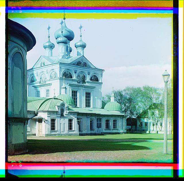 7. Троицкий собор в Осташкове (640x631, 392Kb)