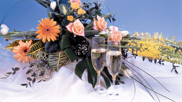 67941__flowers-champagne-bouquet_p (700x393, 385Kb)