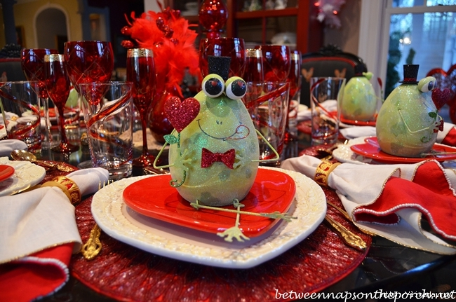 Valentines-Day-Table-Setting-Tablescape-4 (650x431, 273Kb)