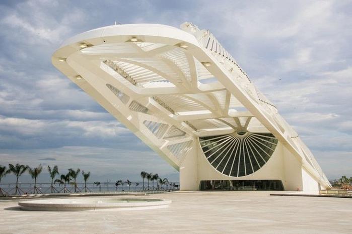 музей завтрашнего дня рио-де-жанейро 2 (700x466, 263Kb)