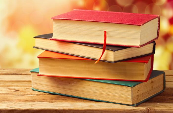книги (700x455, 98Kb)