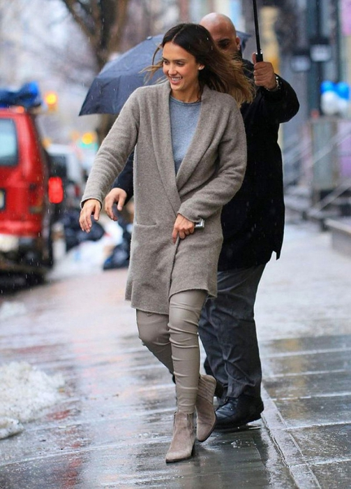 jessica-alba-out-in-nyc_1 (503x700, 242Kb)