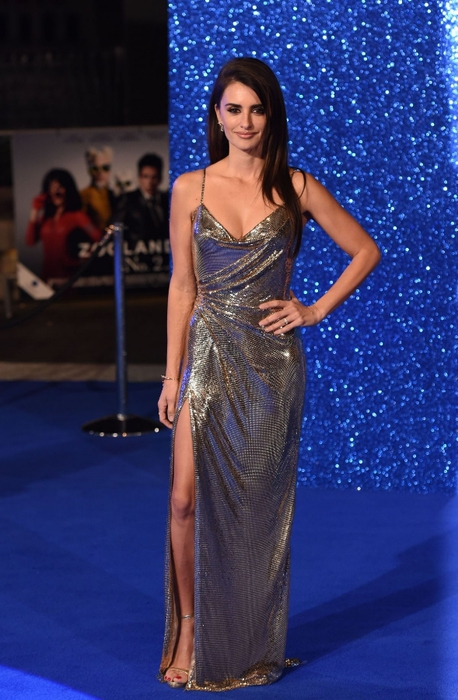 penelope-cruz-at-zoolander-2-premiere-in-london_1 (458x700, 247Kb)