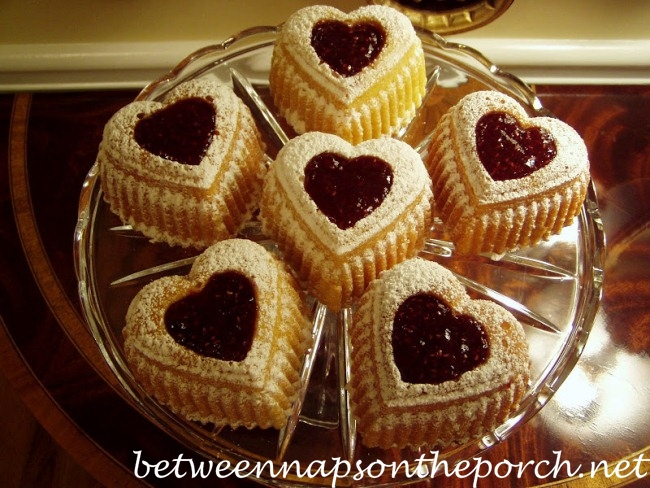 Heart-Cakes-for-Valentines-Day_wm (650x488, 363Kb)