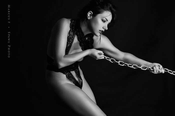 5365924_118452264_ribbon_and_chains_by_spawlphotod483wmp (699x465, 74Kb)