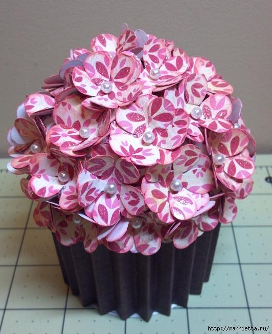 cesta de papel de tortas con las manos (2) (532x652, 251Kb)