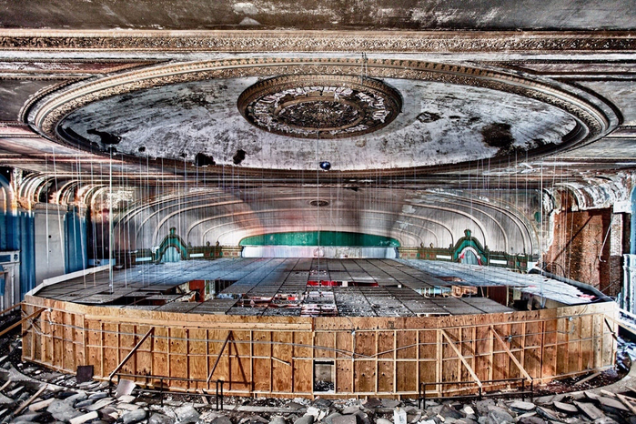 4. Театр Лондэйл в Чикаго (700x466, 525Kb)