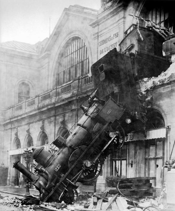 3620784_800pxTrain_wreck_at_Montparnasse_1895 (583x700, 252Kb)