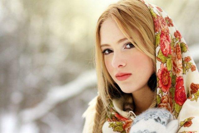 4947567_Zima_rysskaya_devyshka (640x427, 43Kb)