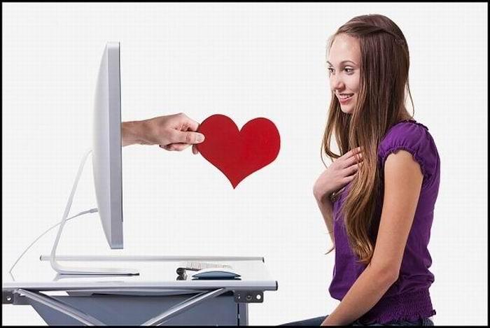 """alt=""""Как складываются отношения после знакомства в интернете""""/2835299_Izmenenie_razmera_Znakomstva1 (700x469, 37Kb)"""