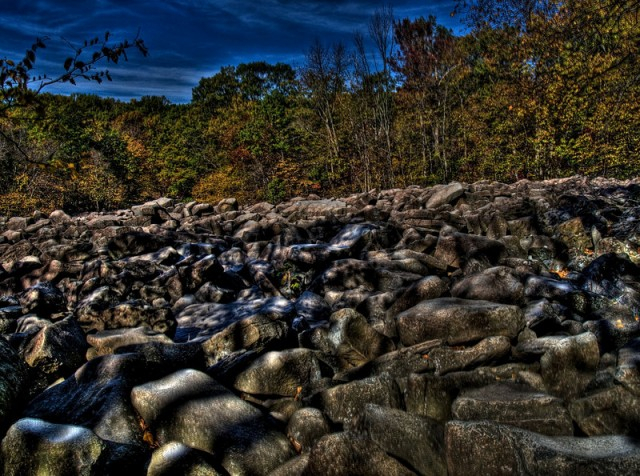 ringing-rocks-pa-usa (640x476, 415Kb)